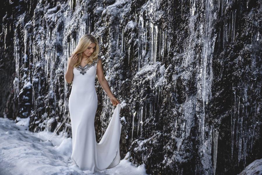 portret pani młodej, suknia tarik ediz, kraina lodu
