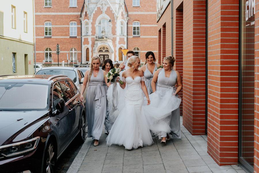 druhny w drodze na ślub, kazimierz, Kraków, Kościół Bożego Ciała