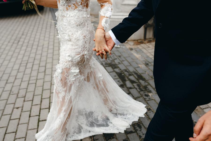 detal ślubny, suknia ślubna, boho suknia, paprocki&brzozowski