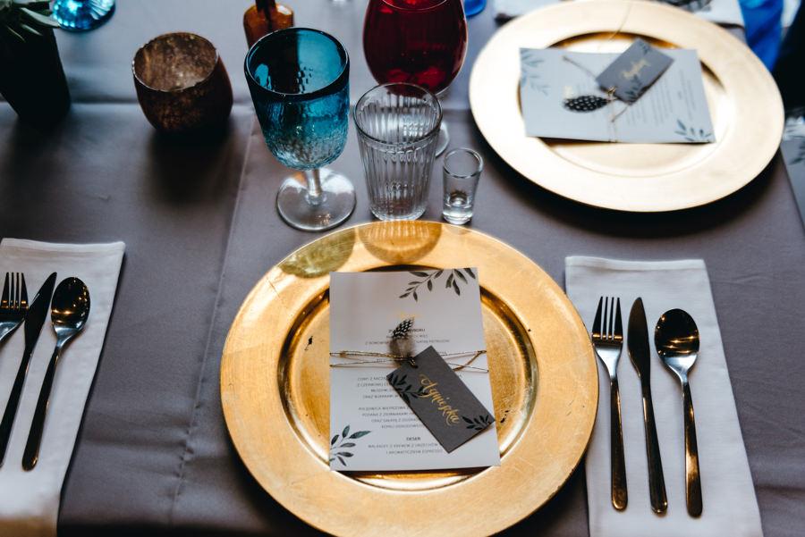 stodoła wszystkich świętych, detale ślubne, zastawa stołowa w boho stylu, mybigday, boho dekoracja