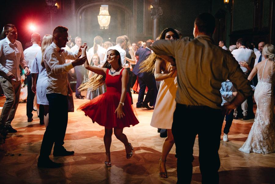 eleganckie wesele w pałacu goetza,, kreatywne światło, wesele w pałącu, fotograf kraków