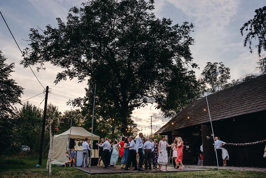 stara stodoła koło dobczyc, stodoła, wesele w stodole