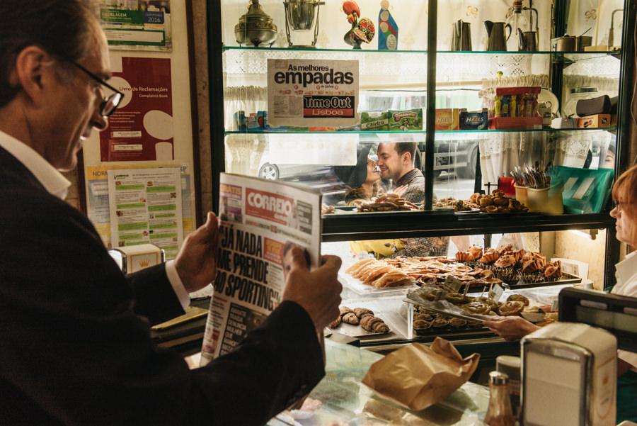 piekarnia gazeta przechodzien sklep