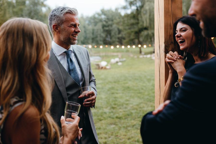 stodoła wszystkich świętych wesele, impreza, pogaduchy, slow wedding, chillout strefa