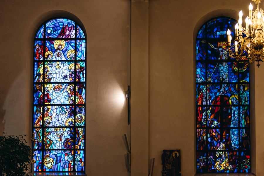 witraże, wnętrzę kościoła, Stadniki Sercanie