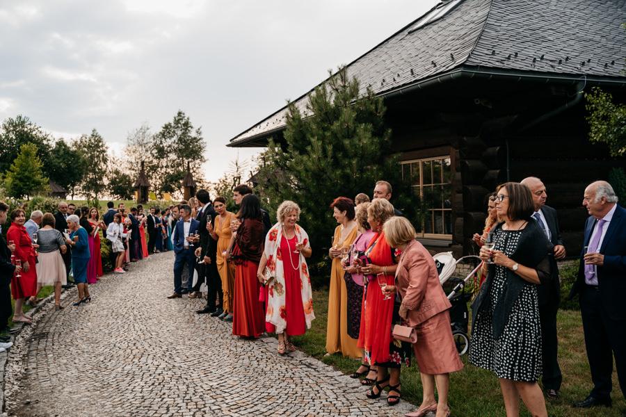 chochołowy dwór, ślub klasyczny, eleganckie miejsce na przyjęcie ślubne, międzynarodowe wesele