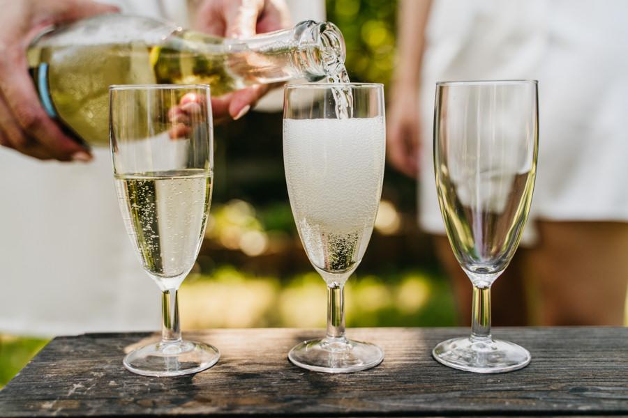 szampan na przygotowaniach
