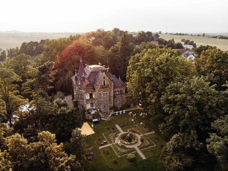 pałac żeleńskich grodkowice, wesele w plenerze