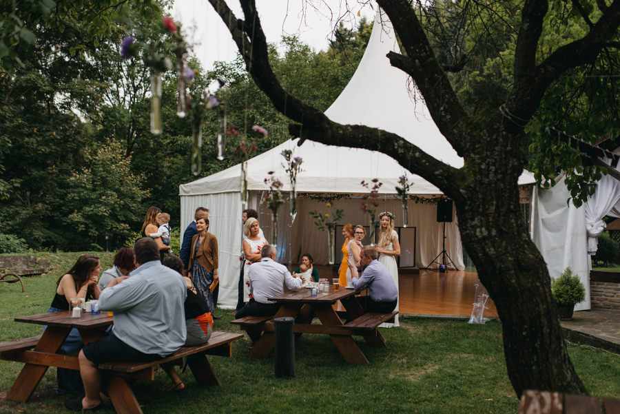 willa tadeusz, rustykalny ślub, wesele przy basenie