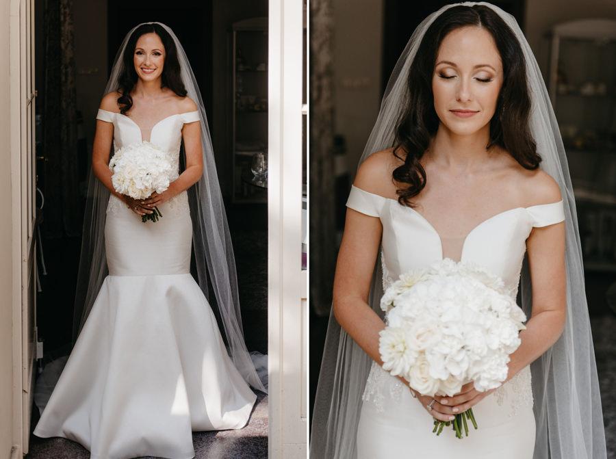 portret panny młodej, welon, elegancka suknia ślubna, bukiet ślubny z białych róż