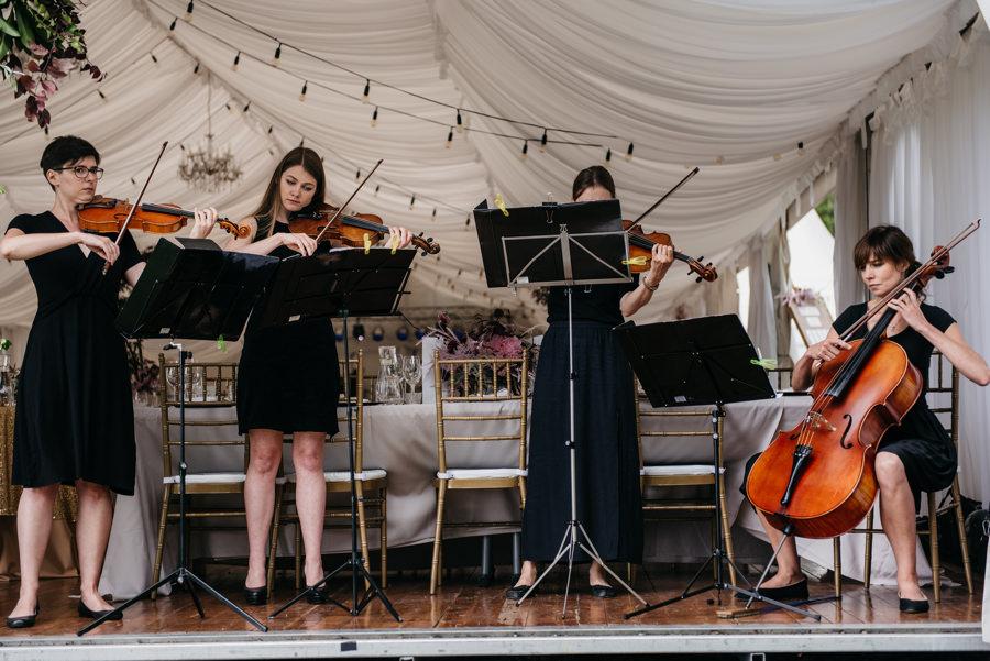 dwór sieraków wesele plenerowy ślub w dworze sieraków ślub w plenerze sesja plenerowa w krakowie ślub z wedding plannerem