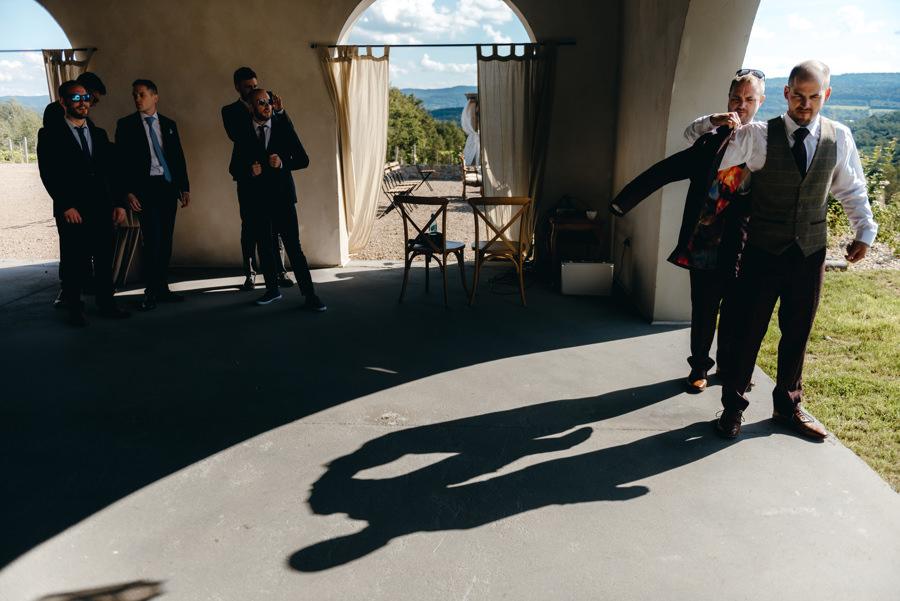 ślub w Villa Love, przygotowania pana młodego,