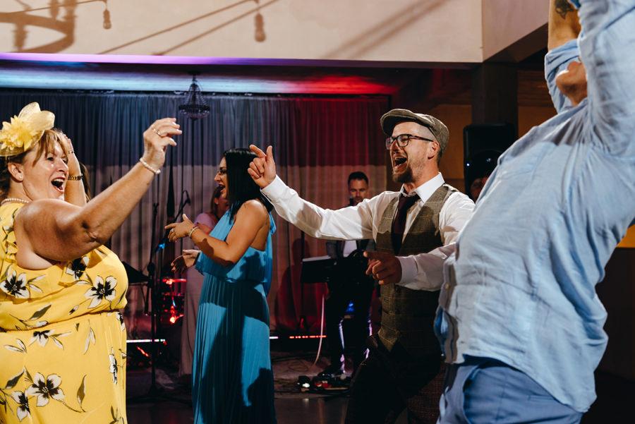 wesele w villa love, piękne miejsce na wesele, wesele w stylu toskańskim, dobra impreza